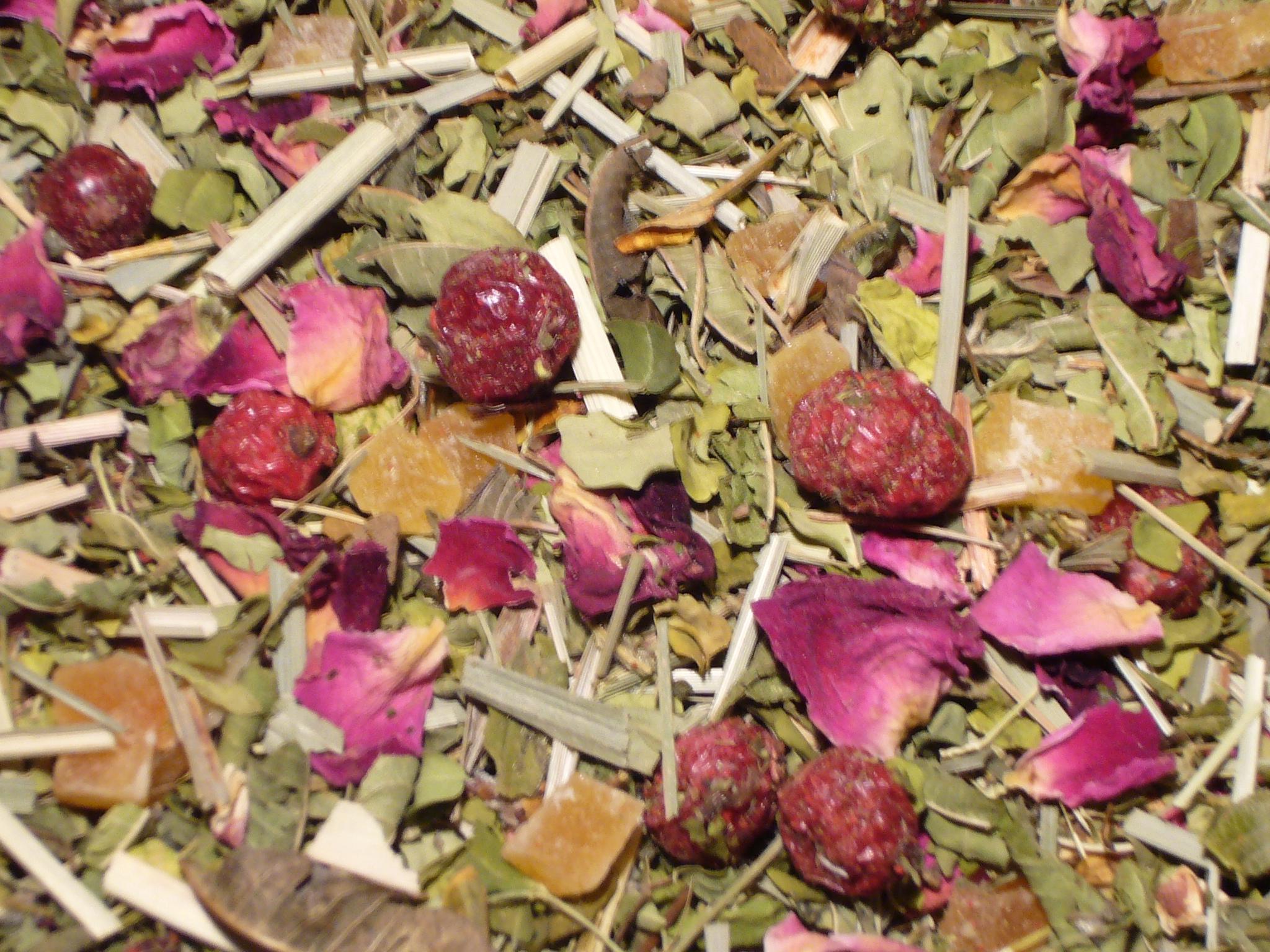 Moringatee Granatapfel Johannisbeere mit Moringa . Kräutertee
